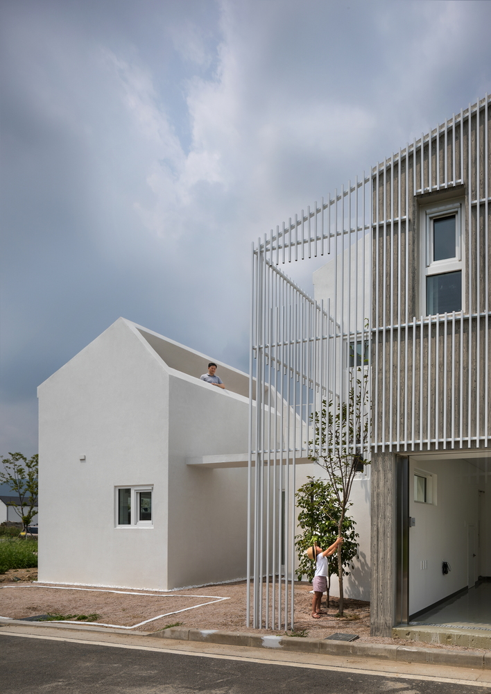 Eorinjip 住宅,大尺度和小尺度的白房子丨Architects Group RAUM